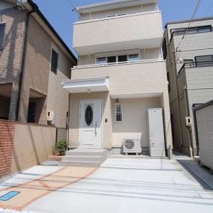 住宅密集地に建つ3階建住宅(敷地23坪) 浜松市中区T様邸