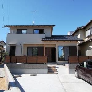 自然素材でつくった同居型の二世帯住宅 磐田市I様邸