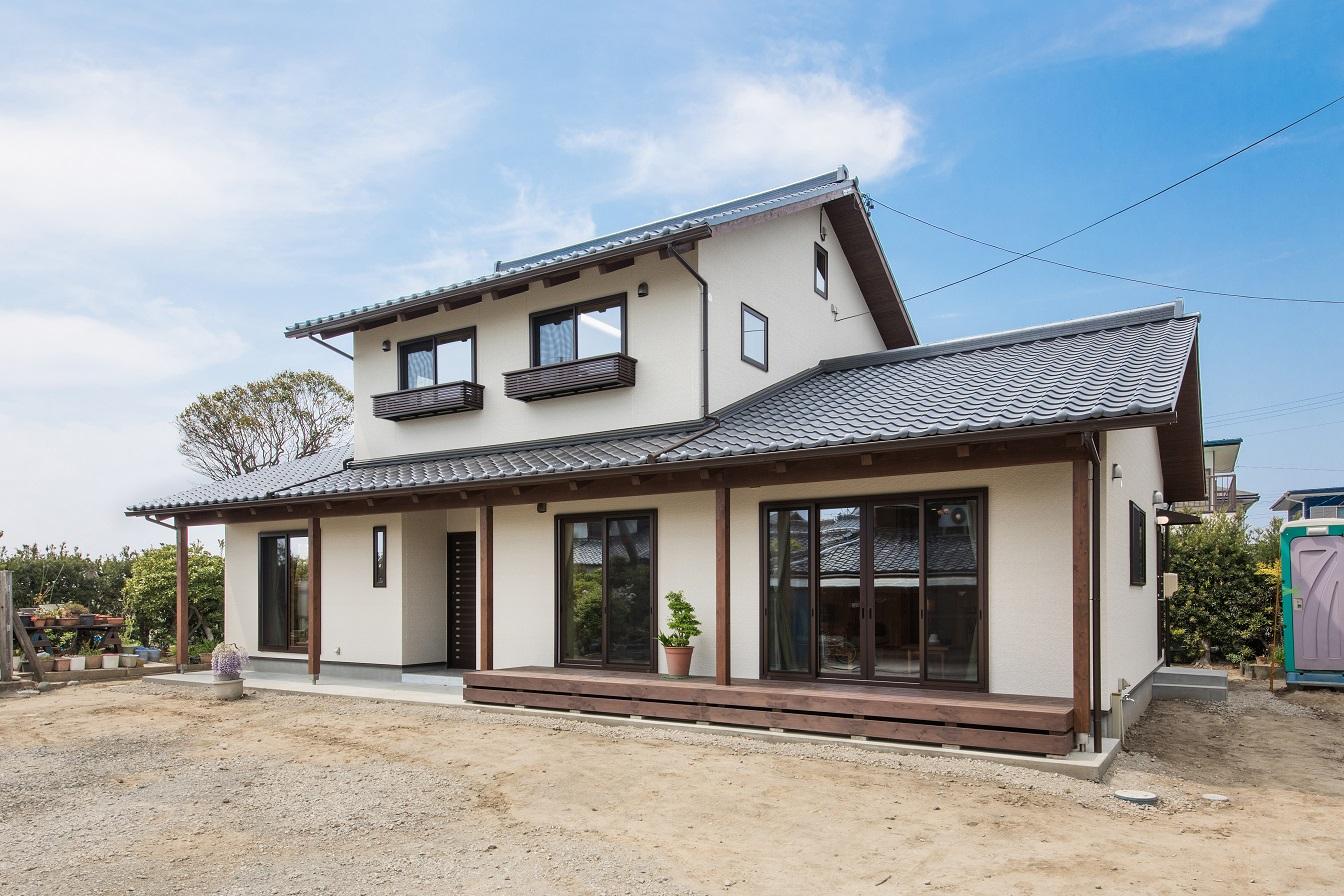 瓦屋根が美しい二世帯住宅  磐田市 S様邸